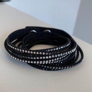 Wrap NWOT Australian crystal bracelets Black